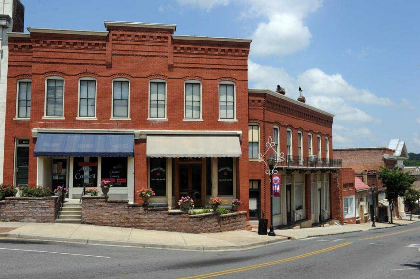 Downtown Chester, S.C., in Chester County, one of five counties added to Charlotte's MSA. Photo: Nancy Pierce
