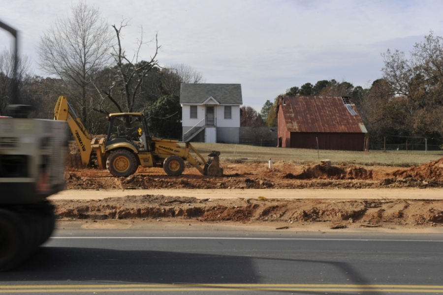 Statesville Road between I-85 and Sunset Road: The Charlotte Department of Transportation is widening Statesville Road (U.S. 21) to four lanes and adding bikes lanes, sidewalks and planting strips, from where I-85 crosses Statesville Road to Sunset Road.