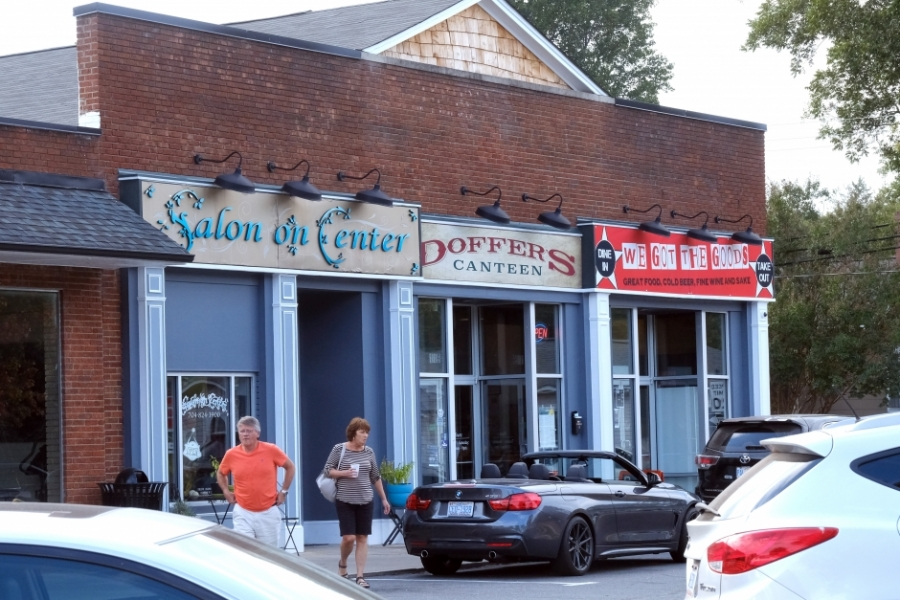 Storefronts in downtown Cramerton, where restaurants and shops have opened in recent years. Photo: Nancy Pierce.