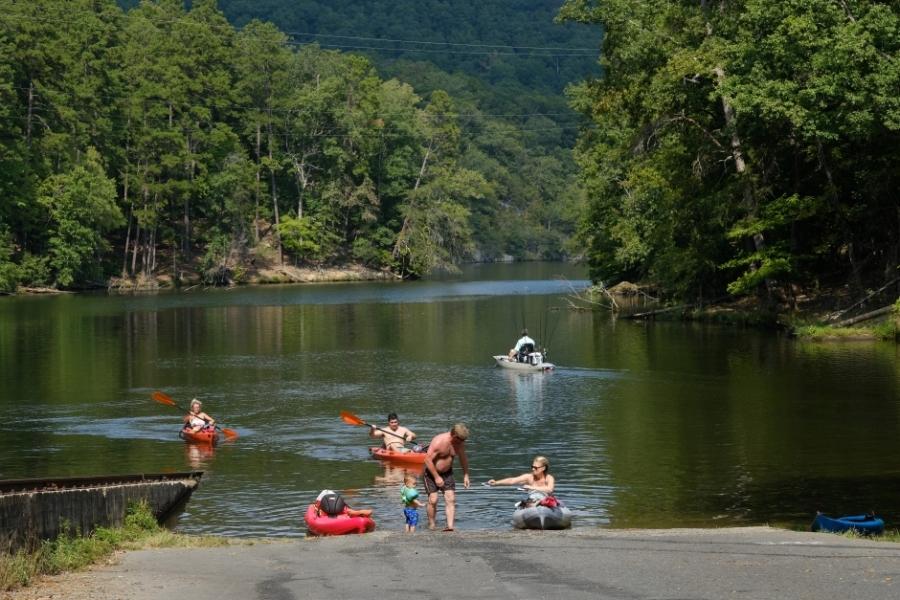 Boaters taking out on the Falls Reservoir near Badin. Photo: Nancy Pierce.