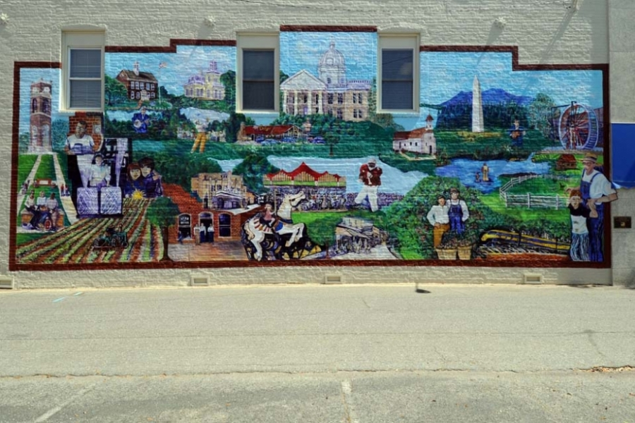 Mural, downtown Shelby. Shelby Breakfast Rotary Club Centennial Project, Scene from Cleveland County. Dedicated Feb 23, 2005.