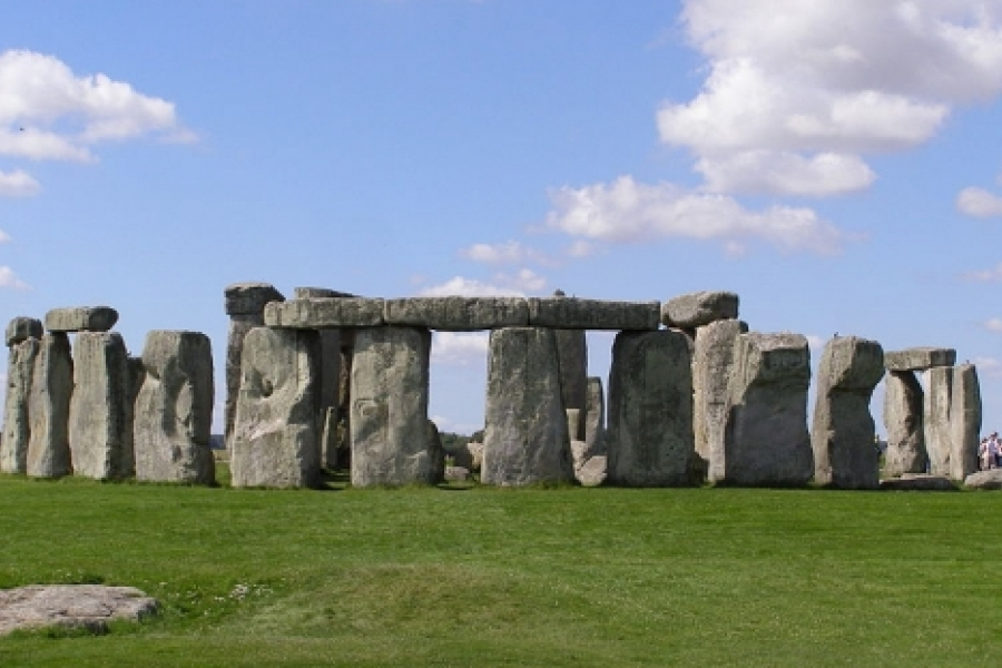 """Prehistoric monument, """"Stonehenge,"""" near Amesbury, England. One of UNESCO's World Heritage Sites. Dated to around 3100 BC, and believed to be an ancient burial ground. Photo: Gareth Wiscombe (cc-by-2.0)"""