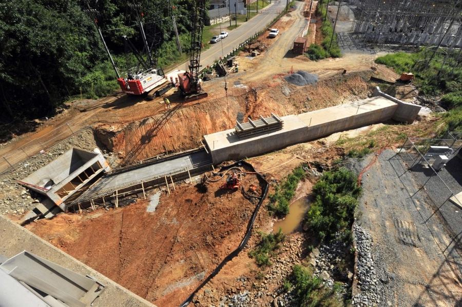 Light rail construction in Charlotte